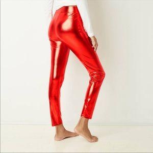 NWT RED METALLIC ZOE + LIV LUREX LEGGINGS